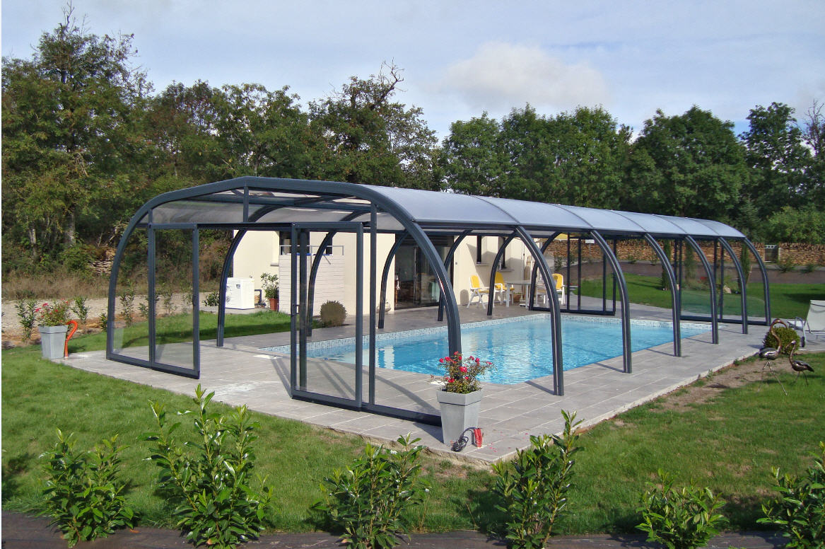 Galaxy-Domestic-Pool-Enclosure-Freestanding-Sliding-End-Doors-and-Lift-Up-Sides-Anthracite