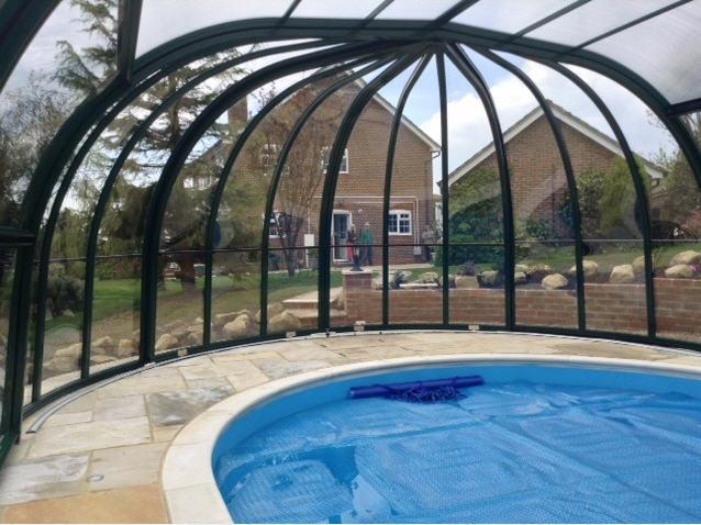 Galaxy-Domestic-Pool-Enclosure-IRIS-End-Option-Anthracite-Interior