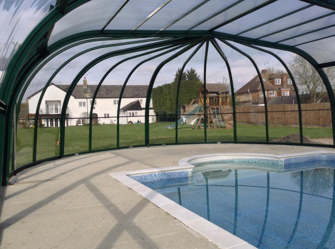 Galaxy-Domestic-Pool-Enclosure-IRIS-End-Option-Green-Interior