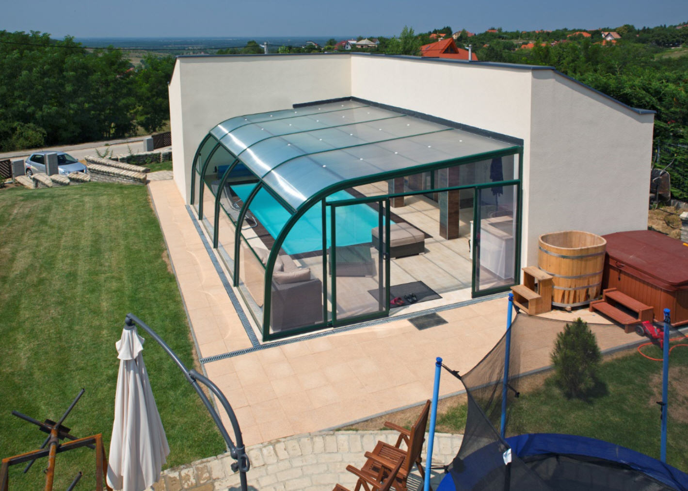 Galaxy-Fixed-End-On-Pool-Enclosure-03