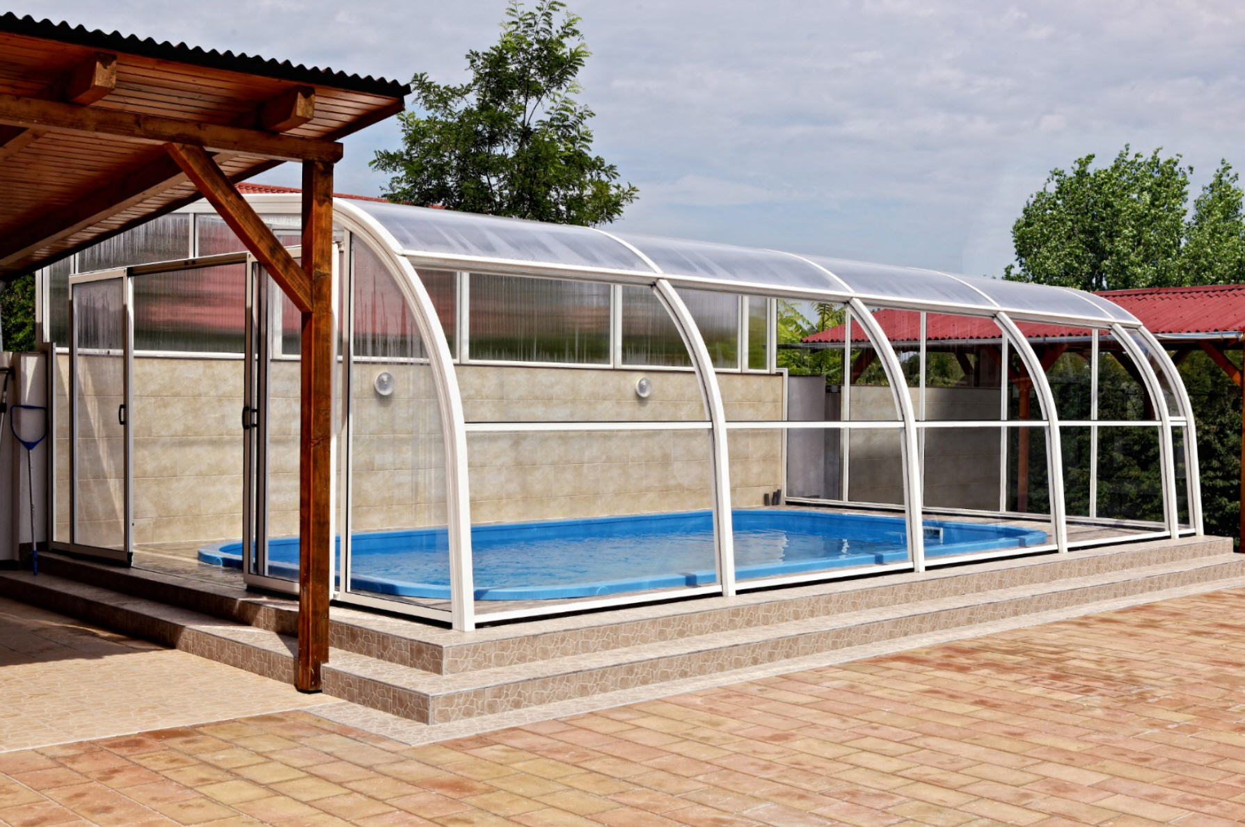 Galaxy-Fixed-Lean-To-Pool-Enclosure-05