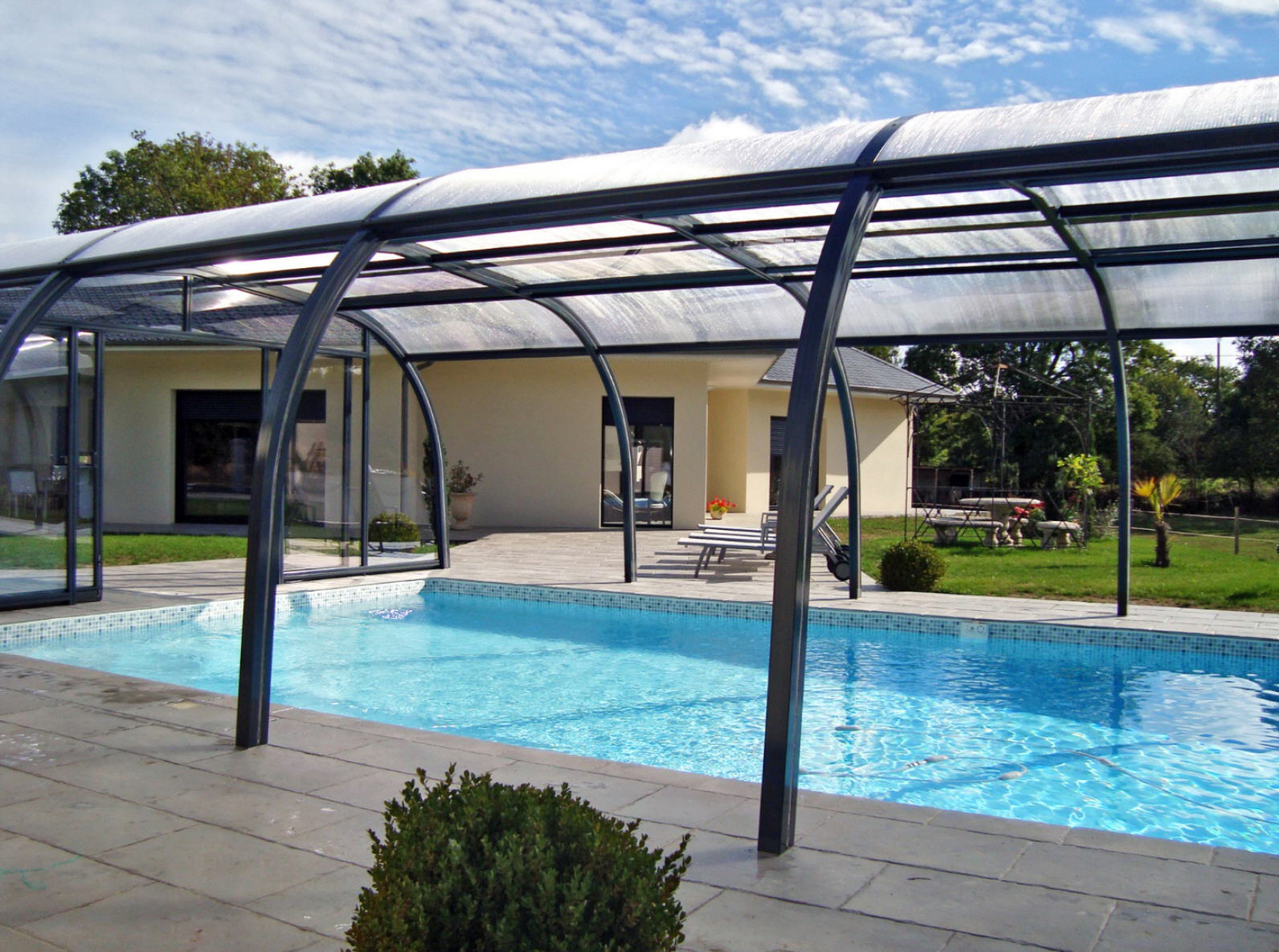 Galaxy-Freestanding-Fixed-Pool-Enclosure-01