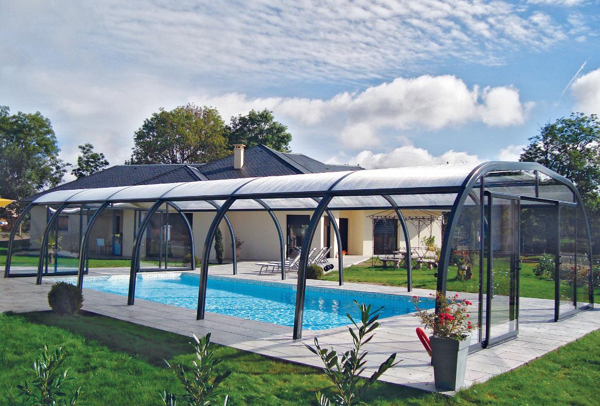 Galaxy-Freestanding-Pool-Enclosure-Design