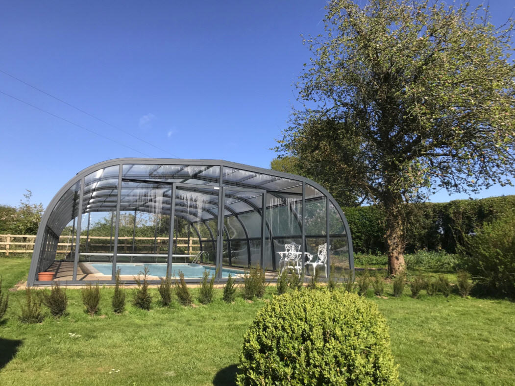 Galaxy-Pool-Enclosure-Installed-For-Mrs-Thompson-01