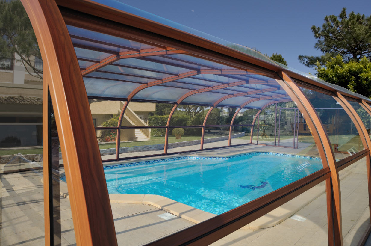 Galaxy-Pool-Enclosure-Wood-Effect-Colour